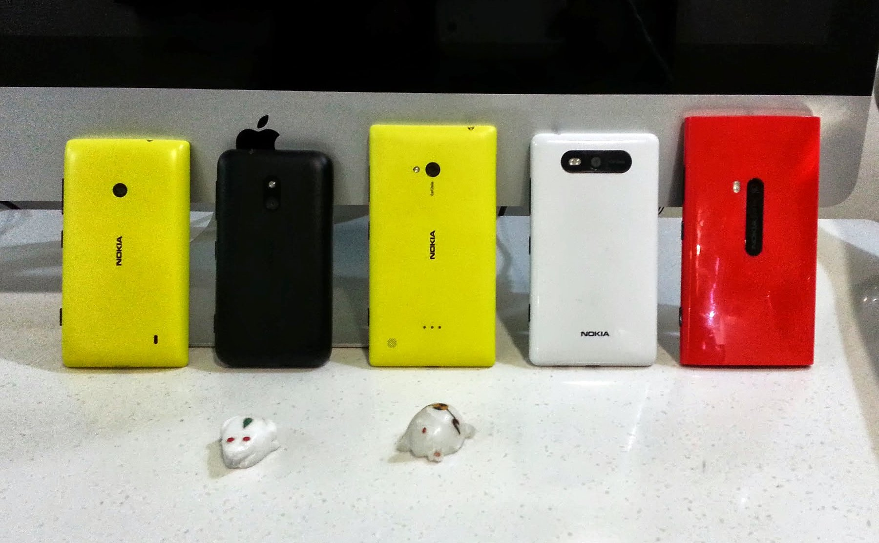 nokia-lumia-back