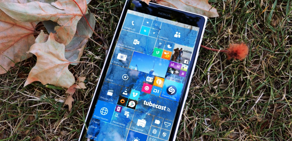 Lumia-1520-con-la-Build-10149-de-Windows-10-Mobile-1000x483